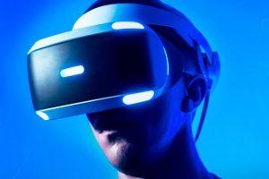 Sony снизила цену на PlayStation VR до 22 999 рублей